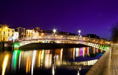 Ha'penny Bridge in Dublin — Stock Photo