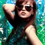 Glamour stylish beautiful woman with fashion sunglasses and black manicure — Stock Photo #2536052