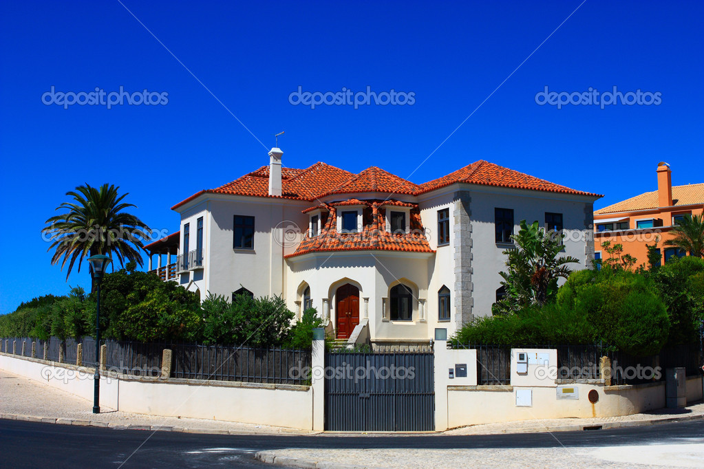 Family house — Stock Photo #1148446