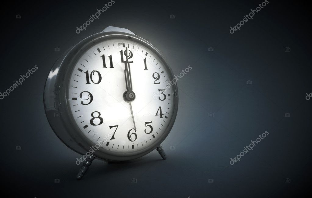 Vintage alarm clock  — Stock Photo #1198708