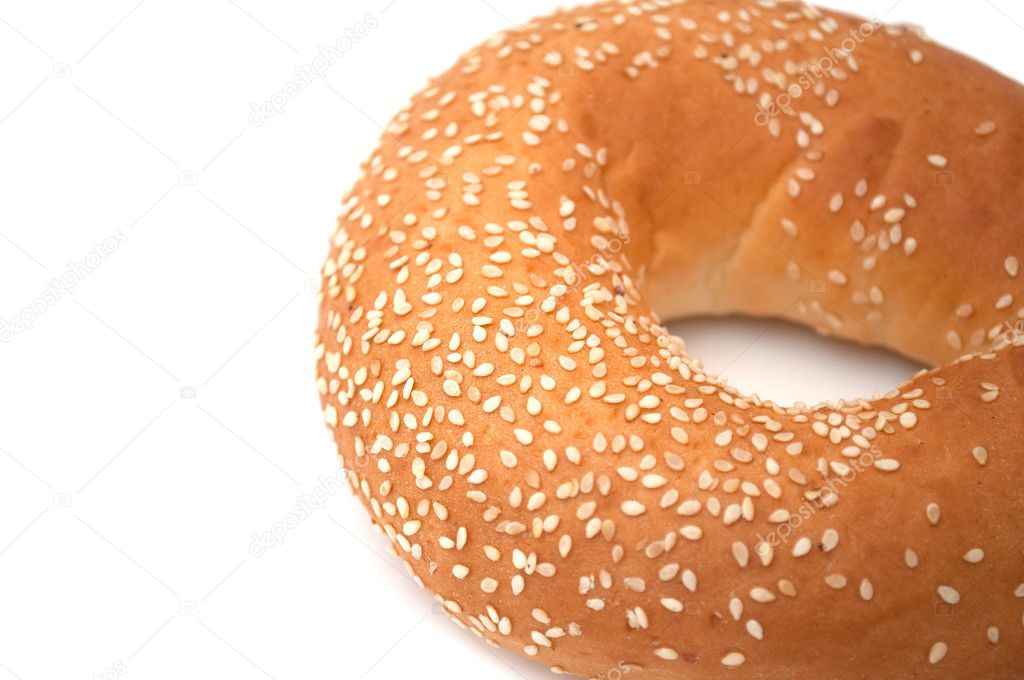 A freshly baked bagel with sesame seeds — Stock Photo #2375898