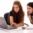 Two young women warking in office - Stockfoto