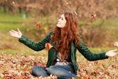 Leaf fall — Stockfoto