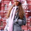 Beautiful young woman next in Red Square — Stockfoto