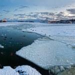 Helsinki port in winter — Stock Photo