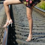 ������, ������: Wind blows in female feet