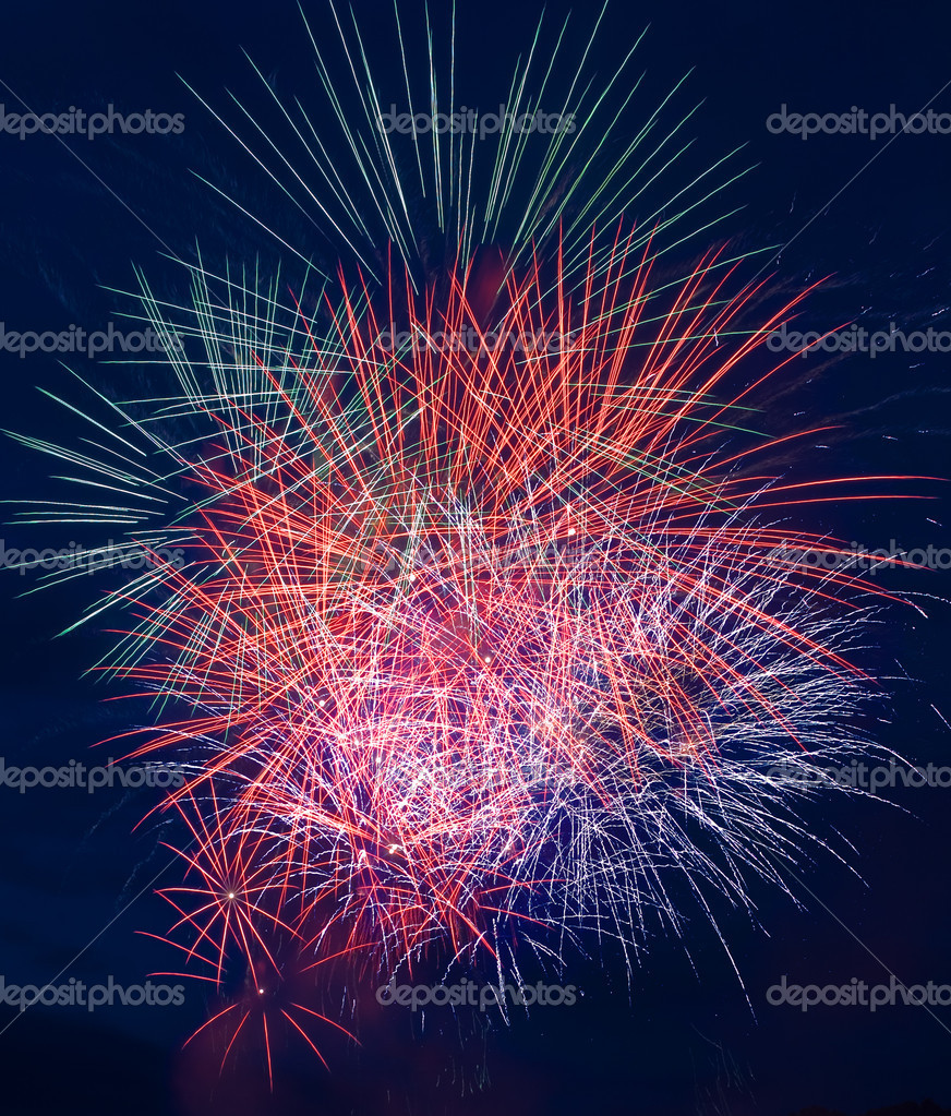 Fireworks with reflection — Stock Photo #1182676