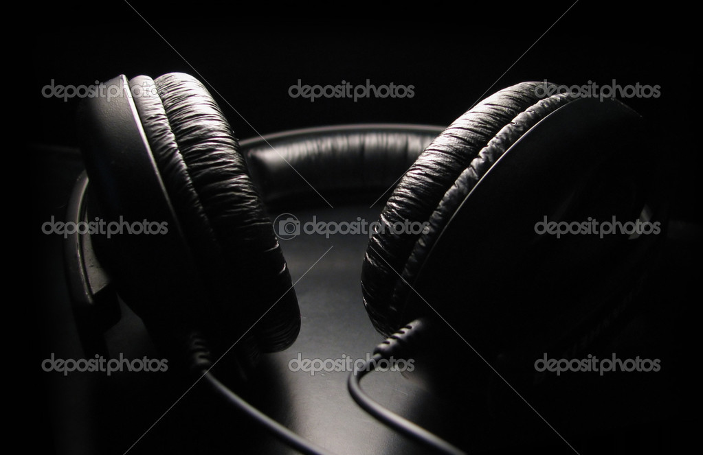 Recording studio headphones on a black background. — Stock Photo #1231602