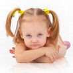 kleines Mädchen — Stockfoto