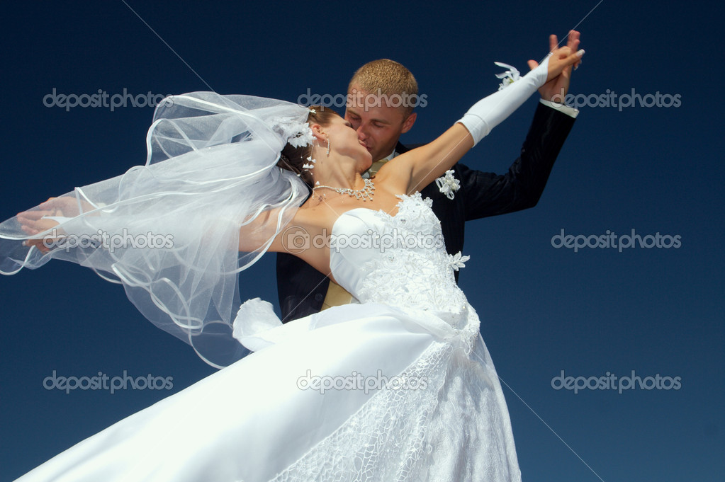Day of wedding the most solemn and unforgettable in a life of each person — Foto Stock #1322432