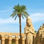Ramses II statue in Karnak Temple — Stock Photo