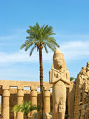 Ramses II statue in Karnak Temple — Stock Photo