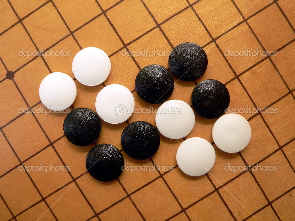 Black and white stones on the go-board 2 — Stock Photo #1254964