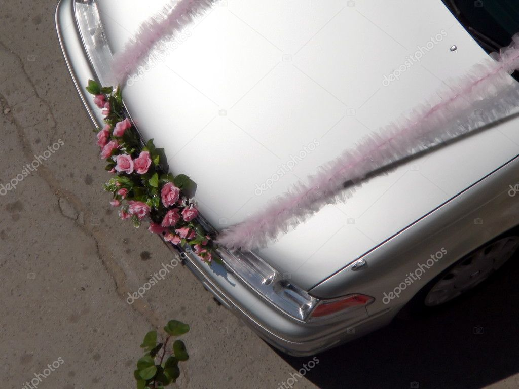 Decorated weddings car  — Stock Photo #1356016