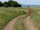 走っている少年. — ストック写真