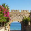 Arch to Mediterranean sea — Stock Photo