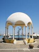 Mandraki embankment paviljoen — Stockfoto