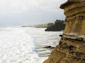 Tanah Lot cliffs — Stock Photo