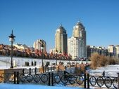 City quays in Kiev at winter — Stock Photo