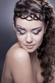 Makeup and ancient hairstyle — Stock Photo