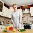 Womin kitchen — Stock Photo #1265121