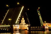Drawbridge in Saint Petersburg — Stock Photo
