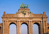 Triumphal arch in Brussels — Stock Photo