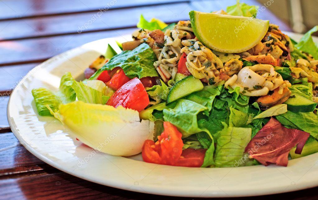 рецепты салатов с к морепродуктами фото