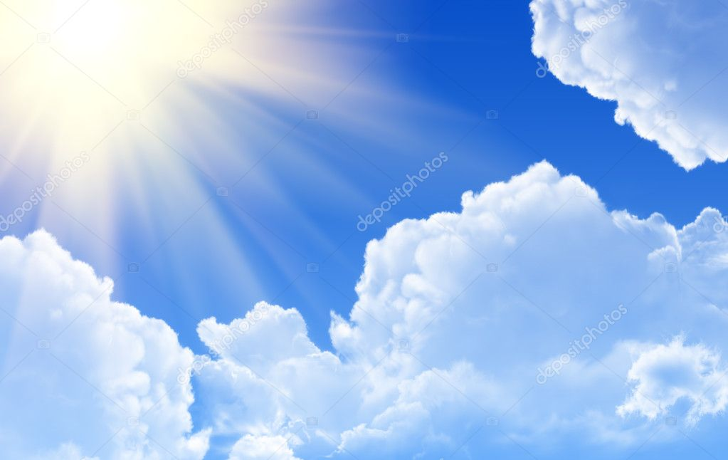 Sunny rays in blue sky — Photo #1218432