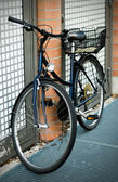 Bicycle parked in the Munich street — Stock Photo