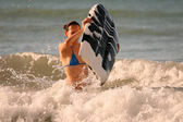 Surfer in ocean — Stock Photo