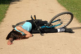 Crash with bike on the road — Stock Photo
