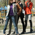 Women friends outdoor — Stock Photo