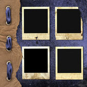 Old photoframes are hanging — Stock Photo