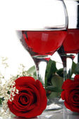 Beautiful Valentines Roses and Wine — Stock Photo