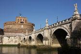 Ponte san angelo e castello a roma — Foto Stock