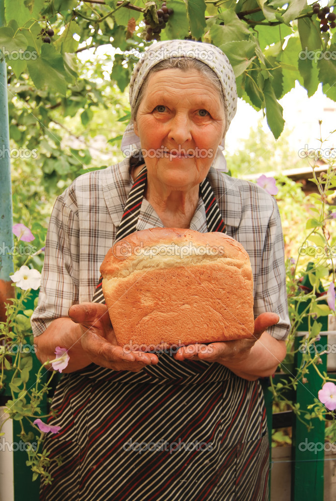 Grandmother baked a soft tommy — Stock Photo #1522737