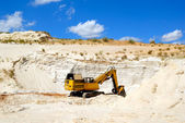 Dredge in sandy to career — Stock Photo