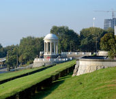 Volgograd. A rotunda on the central quay — Stock Photo