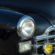The left headlight of old automobile — Stock Photo #1261770