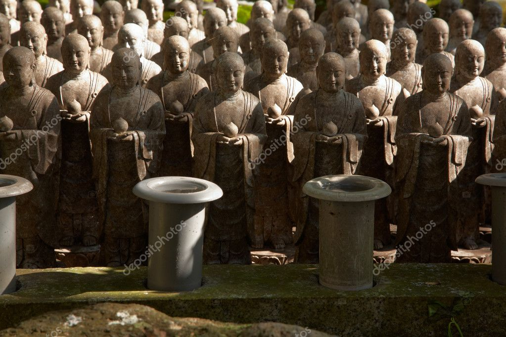 1001 stone monks statues from Hasedera in Kamakura, Japan — Stock Photo #1236873
