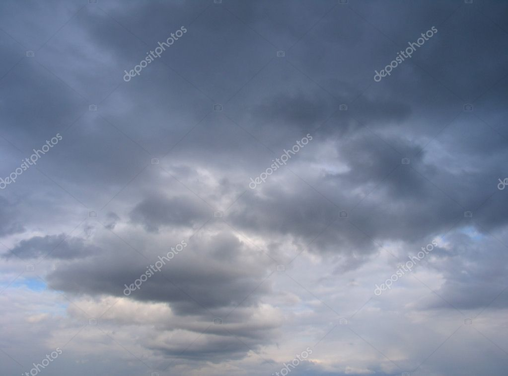 Dramatic cumulonimbus clouds — Stock Photo #1386612