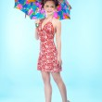Beautiful girl with umbrella — Stock Photo #2135881