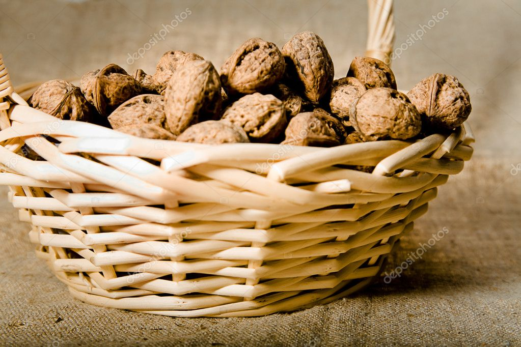 Close up photo of walnut in basket — Stock Photo #1198900