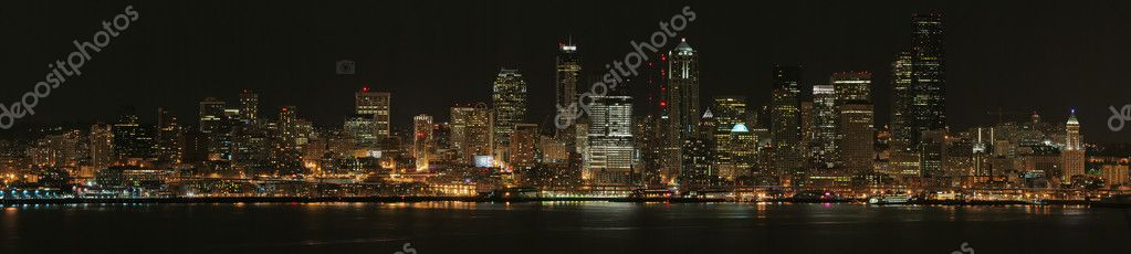 Panorama of Seattle at night, United States — Stock Photo #1306503