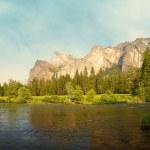 Yosemite Valley panorama — Stock Photo #1722710