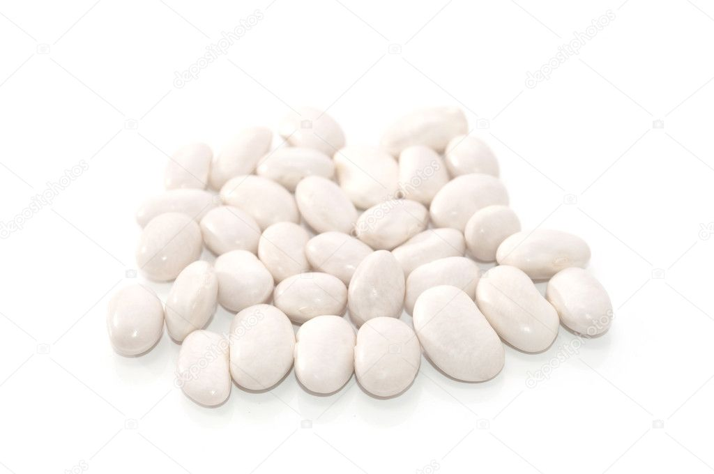 White string beans on a white background — Stock Photo #2617688