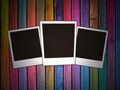 Bu üç boş fotoğrafları ile duvar — Stok fotoğraf