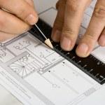 la ingeniería de dibujo en un papel — Foto de Stock