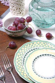 Plate and Berrys of Grape, Still life — Stock Photo